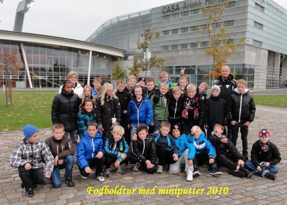 2010-10-31 Fodboldtur med miniputtter